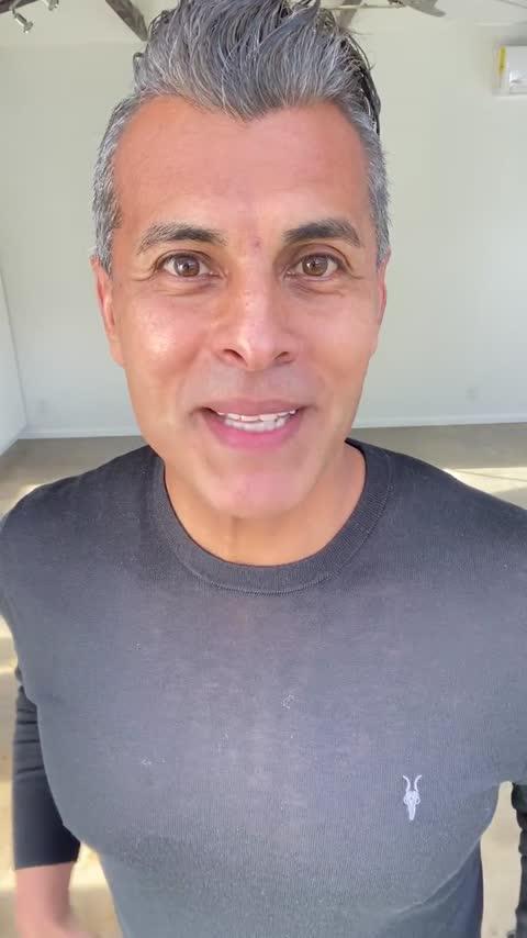 Poster de vídeo de Ricardo Molina