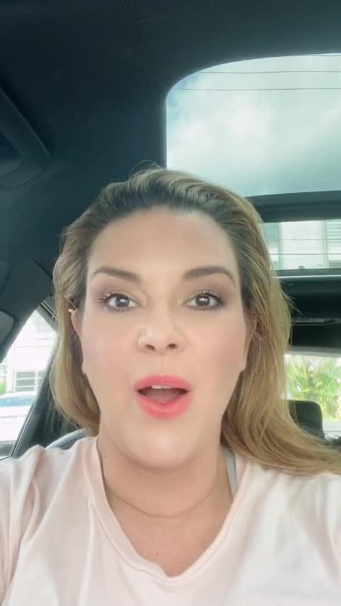 Poster de vídeo de famoso