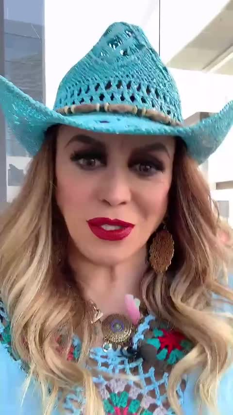 Poster de vídeo de La Chicuela